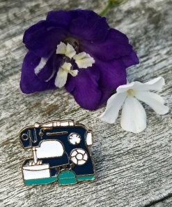 Sewing Machne Pin Badge