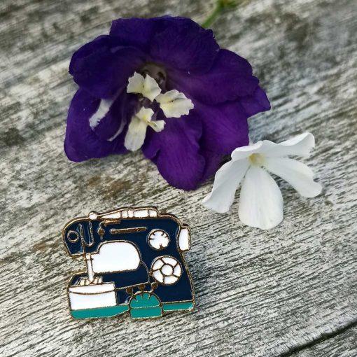 Sewing Machne Pin Badge